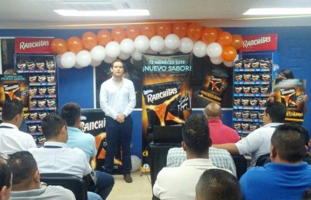 Luis Weddle gerente de marca de Yummies-1
